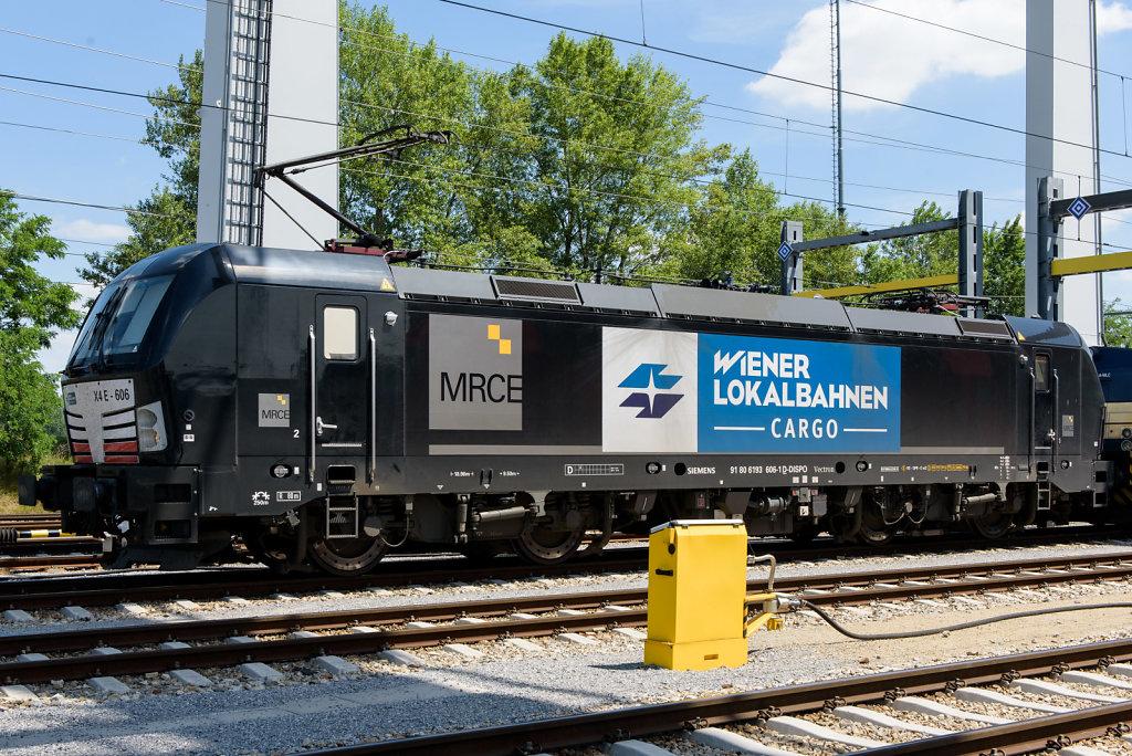Lokomotive der WLB Cargo am Container-Terminal Wien