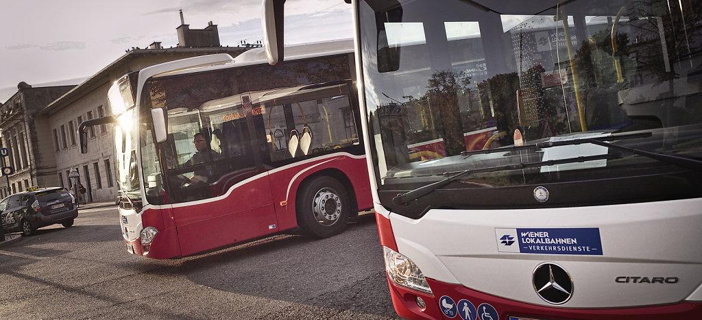 WLV-Busse im Einsatz für die Wiener Linien