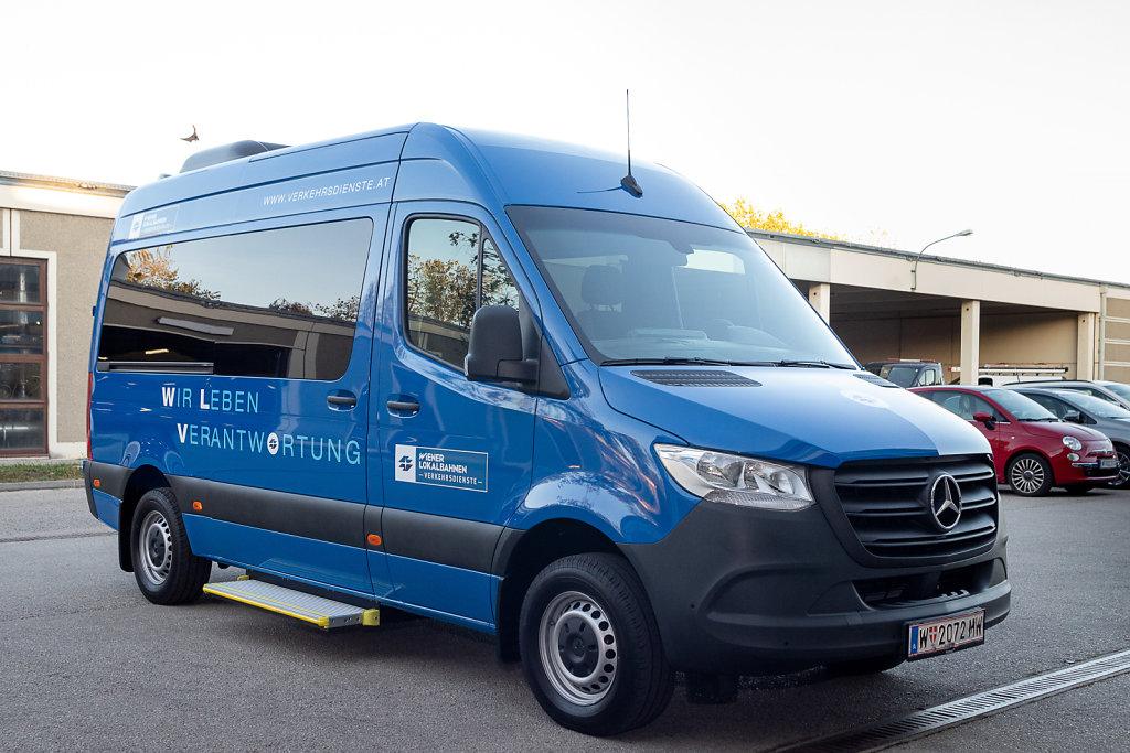WLV-Kleinbus im neuen Design